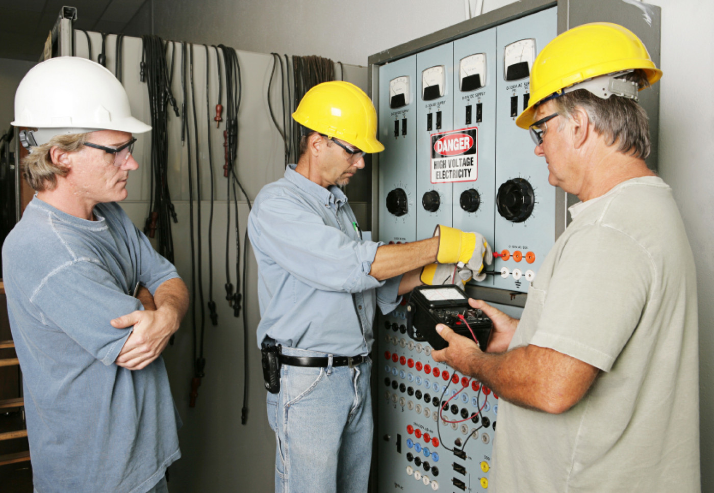 Basic Electrical Safety Tips For Homeowners