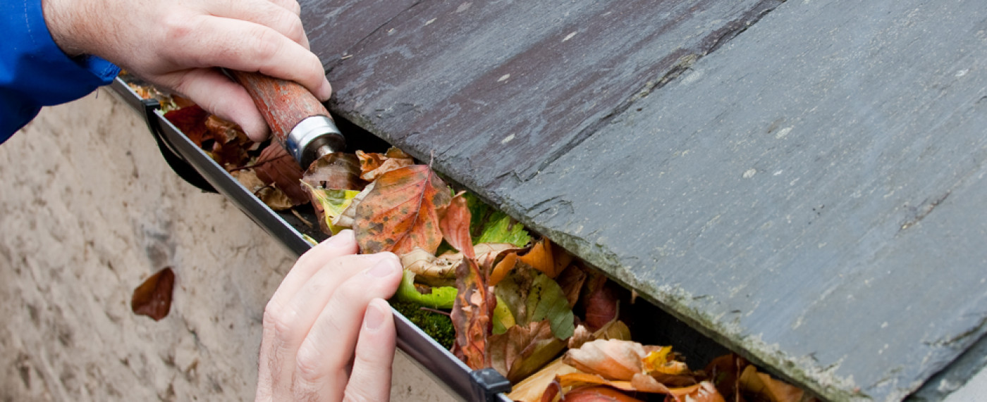 Cleaning The Gutters Around Your Home Made Easy