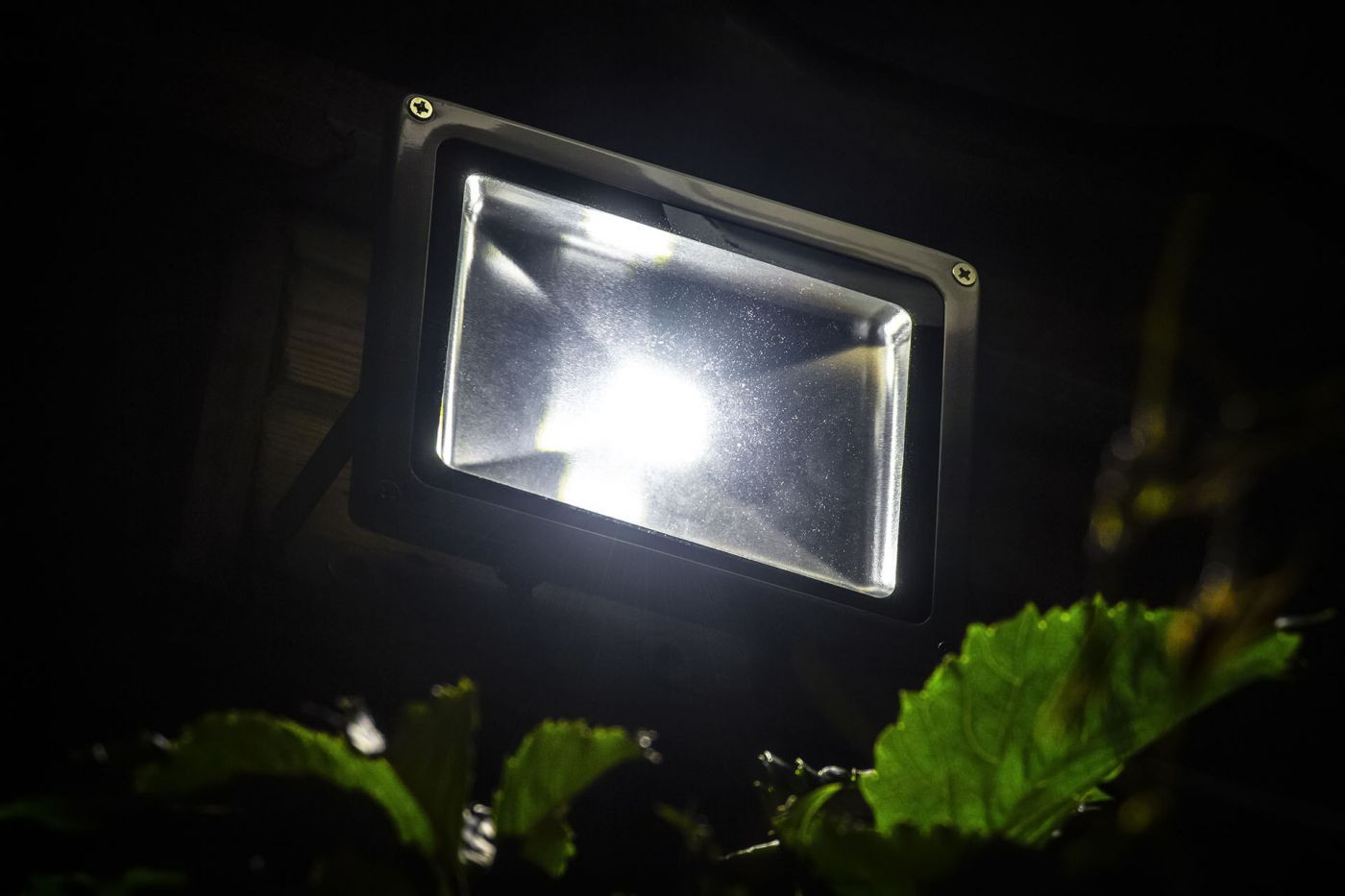 Is it Time to Replace Your Outdoor Lighting System with LEDs?