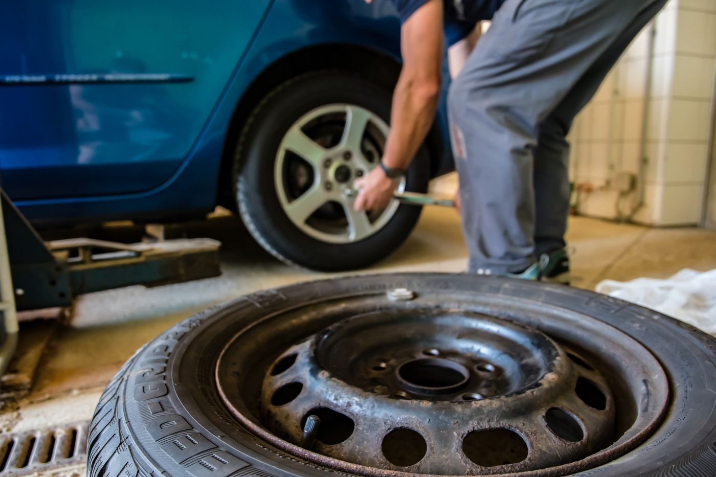 What You Need to Know Before You Buy New Tires