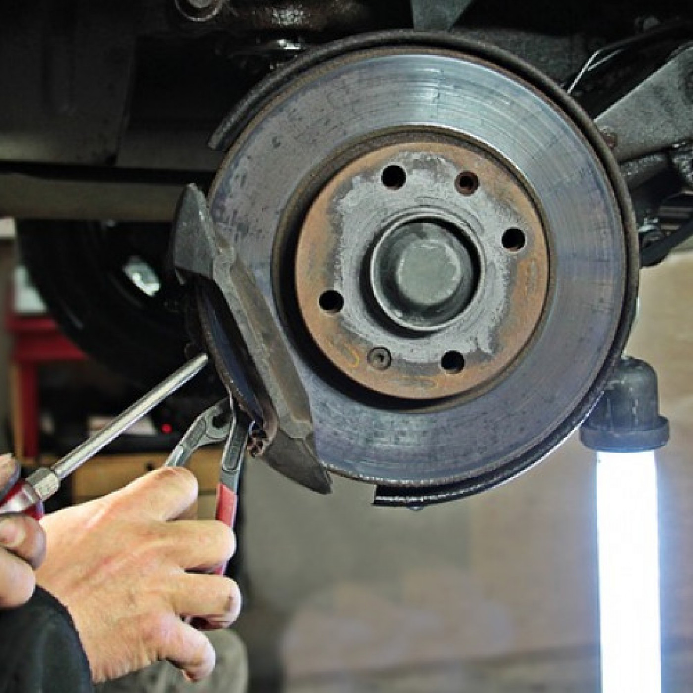What to Know Before Taking Your Car in for Repairs